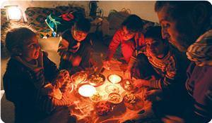 Anak2 Gaza di tengah Kegelapan